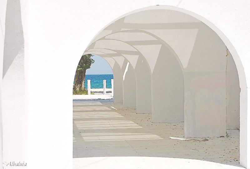 Le mirage de six portes