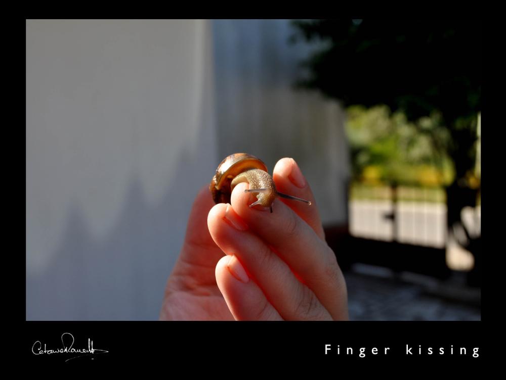 Finger Kissing