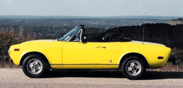 fiat spider in texas