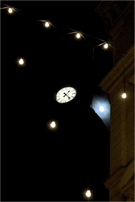 01:24, circa
