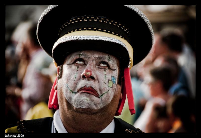 Carnaval Lanzarote - Sad clown in the crowd