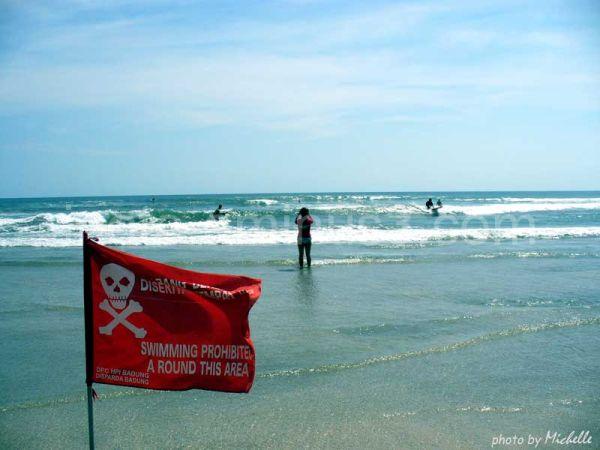 Swimming prohibited...