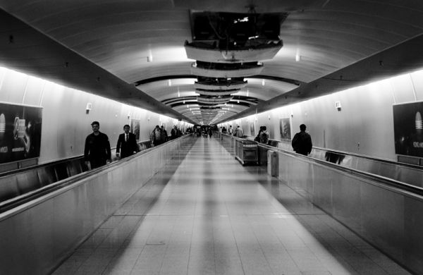 Le tunnel, aéroport de Frankfurt
