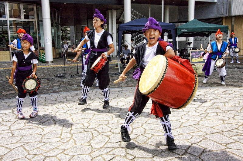 Okinawan Eisa Dance #1