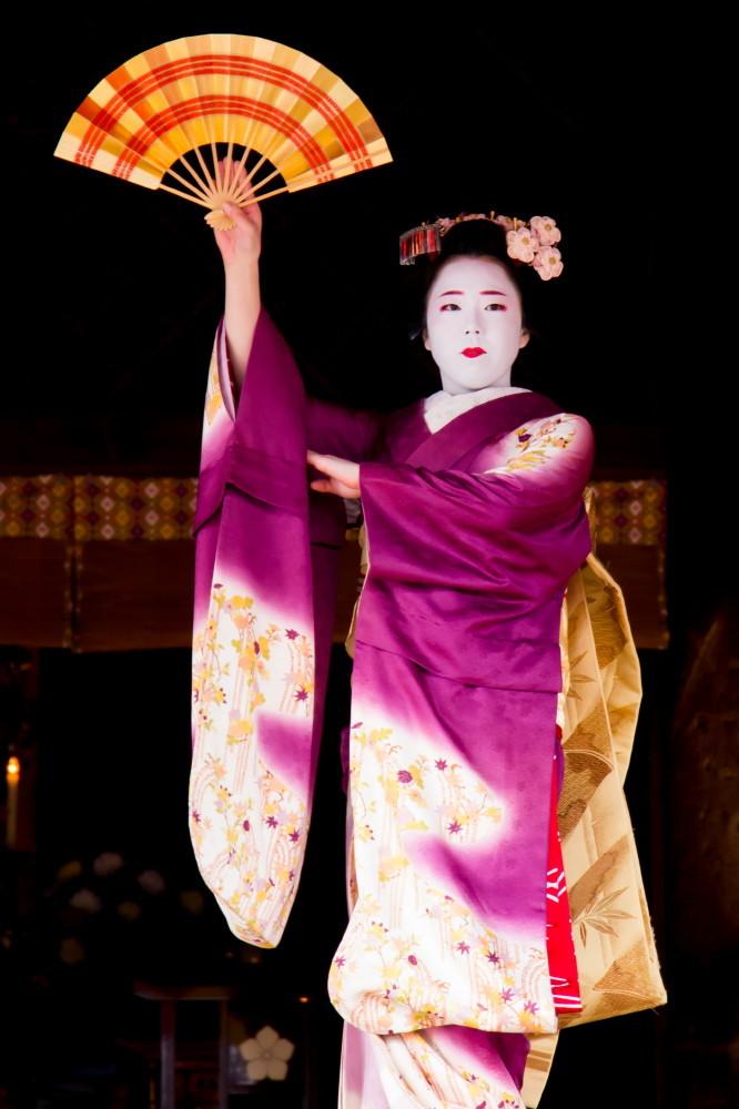 Dance offered to Buddha #6