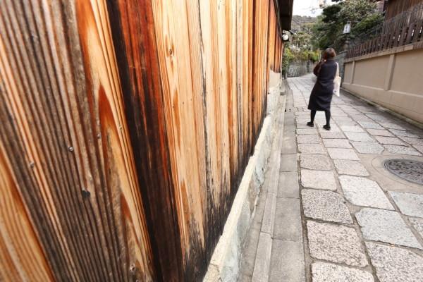 narrow alley #1