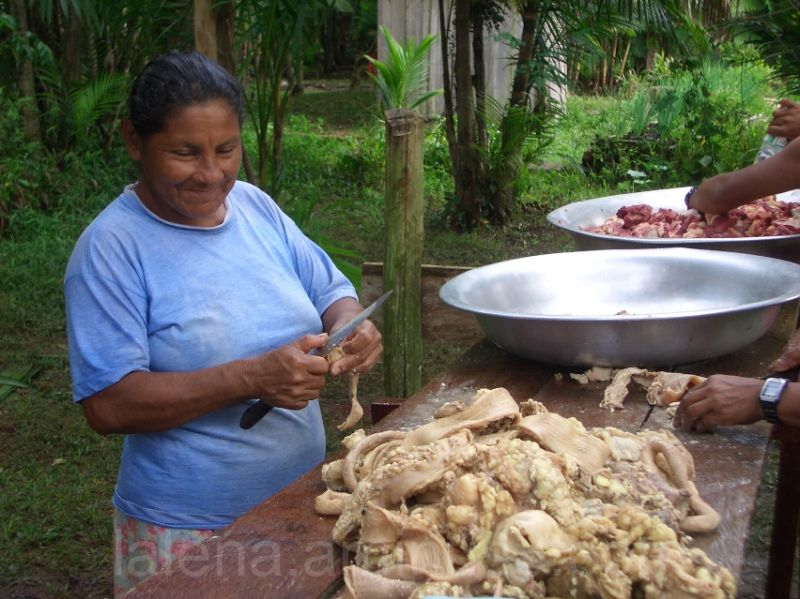 Festín en un poblado amazónico