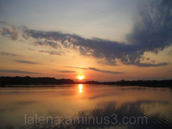Puesta de sol sobre el Amazonas