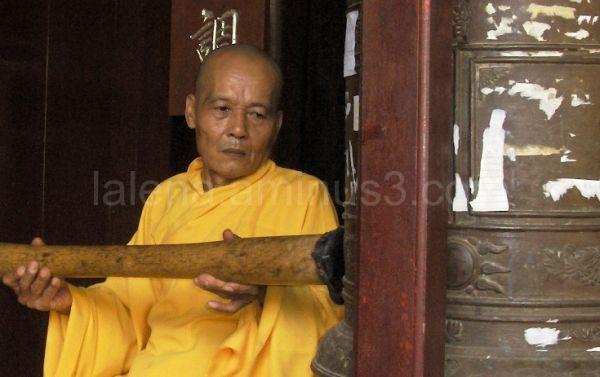 Budist man