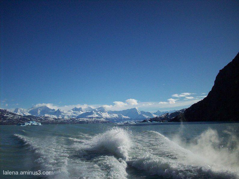 onades sobre el llac