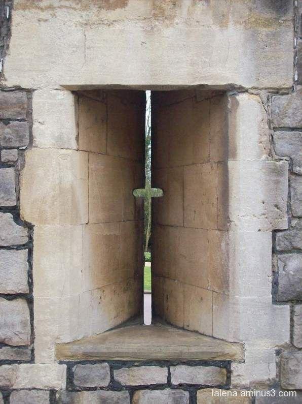 Disseny finestra medieval