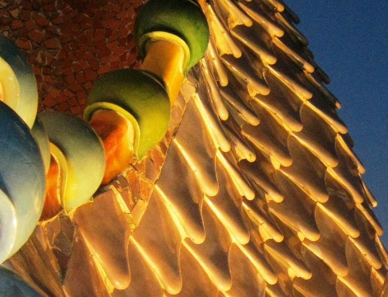 Escates de drac a la casa Batlló