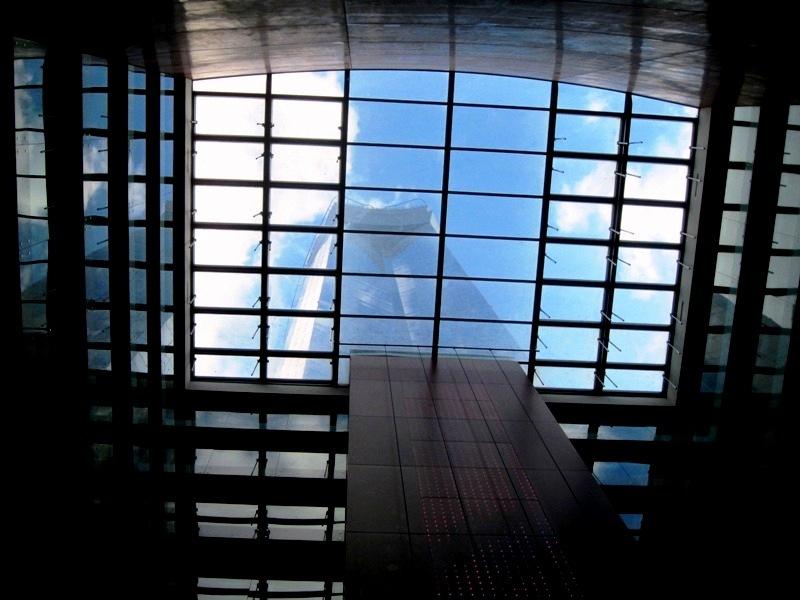 Travessant el sostre