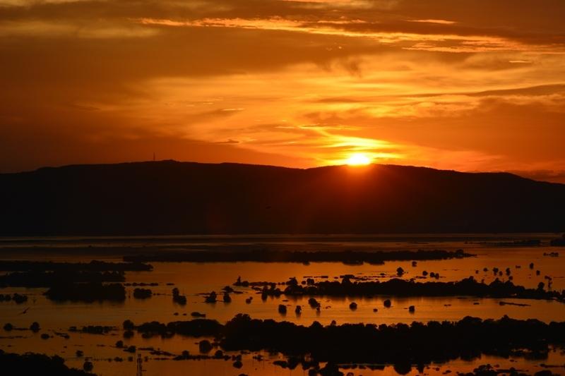 Es pon el sol a Mandalay