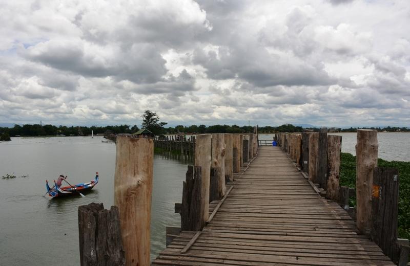 Pont de teka U-Bein