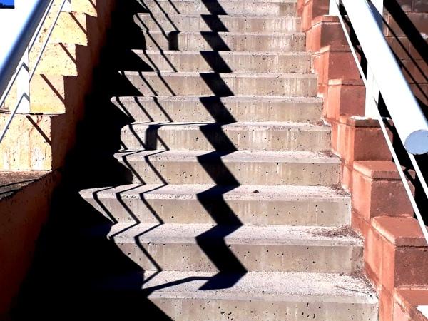 esglaons i ombres per recórrer