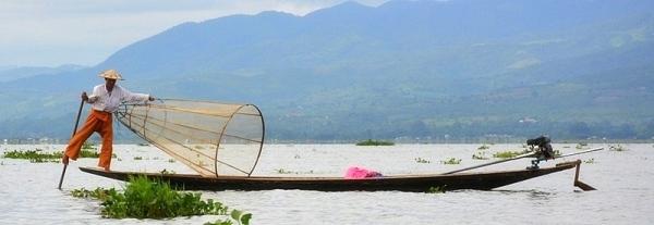 Pescador tradicional del llac Inle