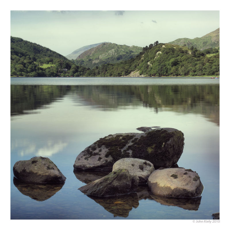 Colour landscape photograph of Llyn Gwynant