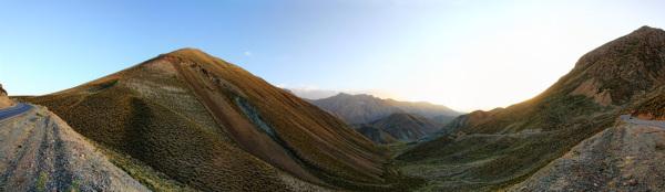 سکوتی به پهنای دشت به بلندی کوه