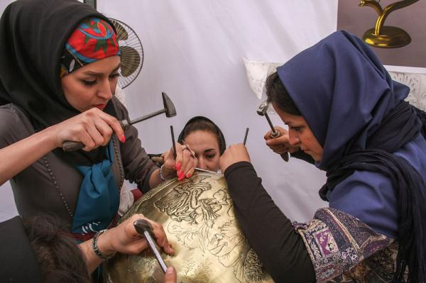 بچه های دانشگاه هنر تبریز