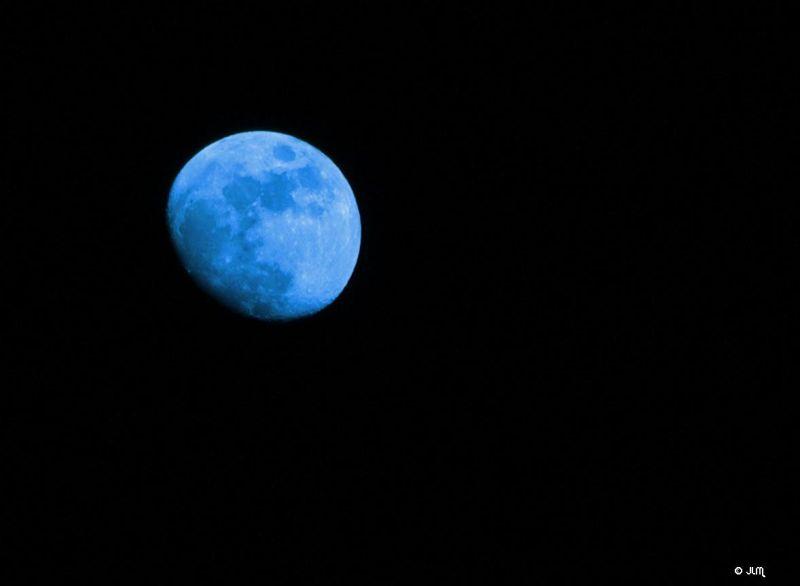 Blue moon ...