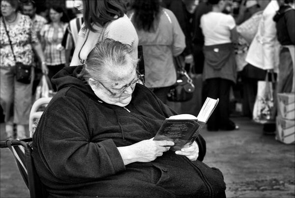 A Market Reader