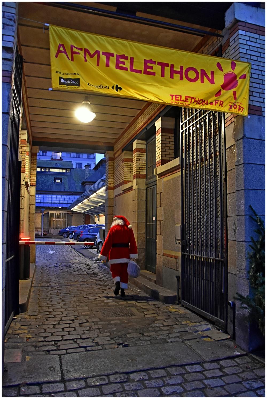 Le père Noël se fait la malle