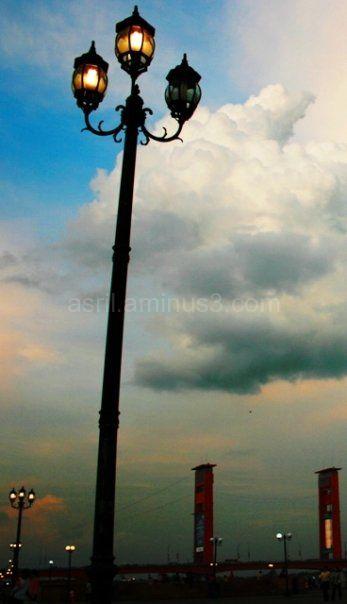 """sunset in the edge of Palembang """"Ampera"""" bridge"""
