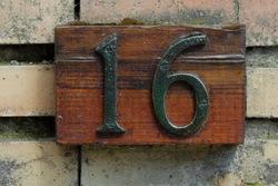 Número 16