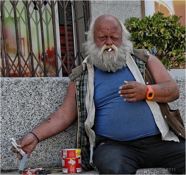Y si quieres te lío un cigarrillo