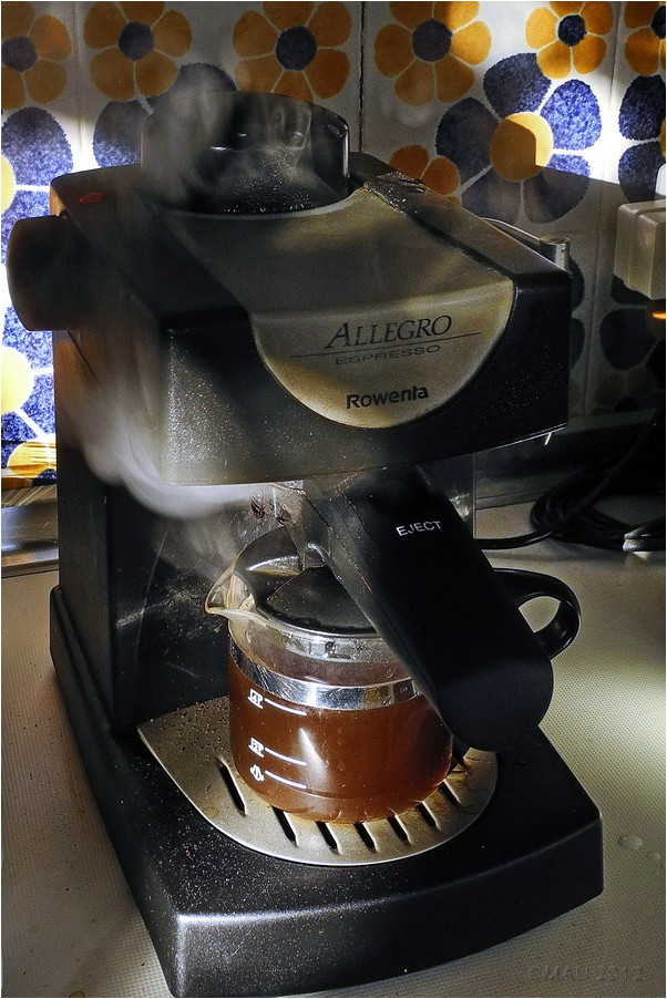 Making coffe