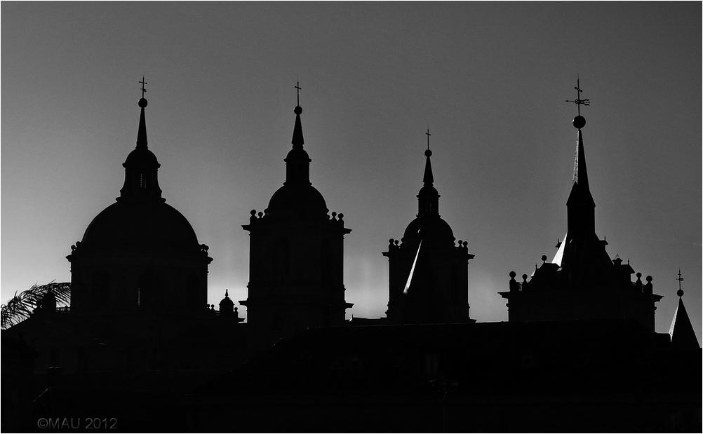 Chapiteles del Monasterio de El Escorial