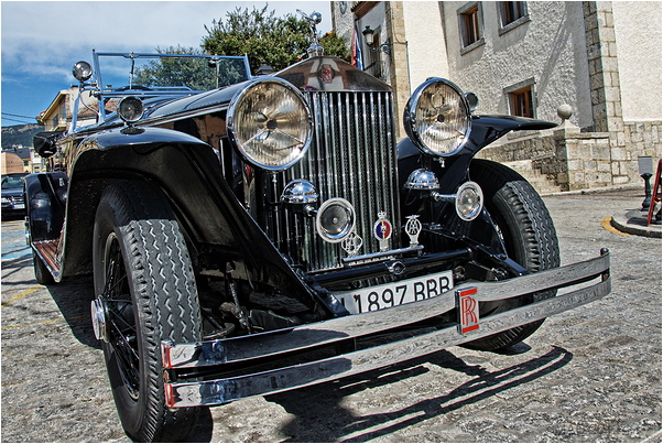 Front of  a vintage Rolls Royce car