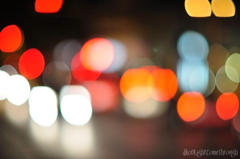 traffic bokeh lights