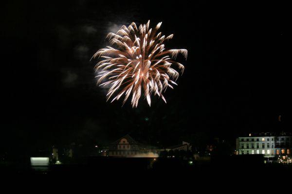 Feuerwerk am Rhein 2/3