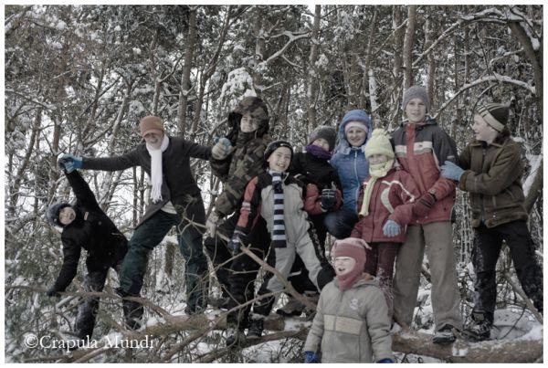 Children enjoy winter in Piski,  Friend's House