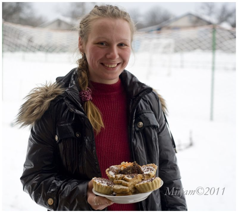 a young  lady with Christmas  bakings