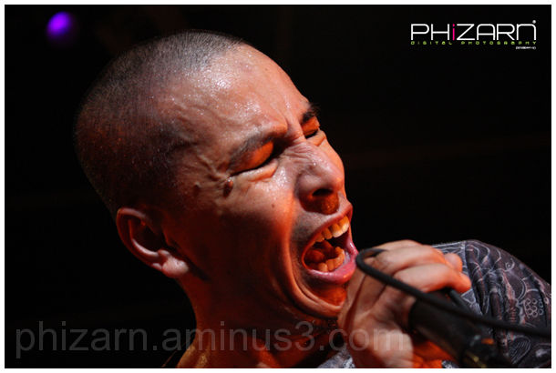 Amy giving his high note ;-)
