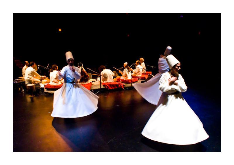 dance concert traditional