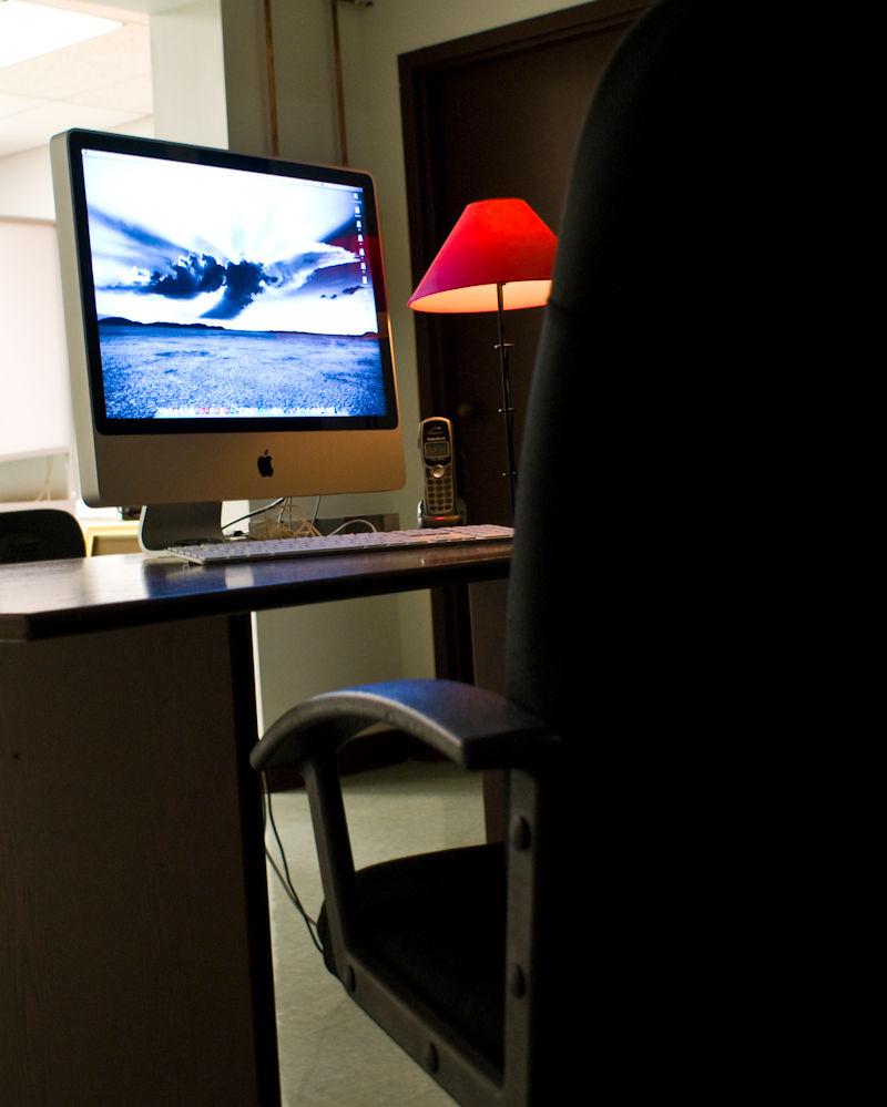 computer imac workstation chair desk