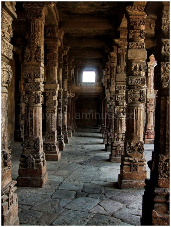colonnade at qutub complex, delhi