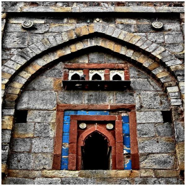 tomb in delhi