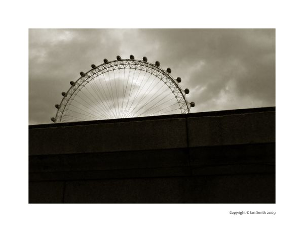 London London-Eye Silhouette Duotone