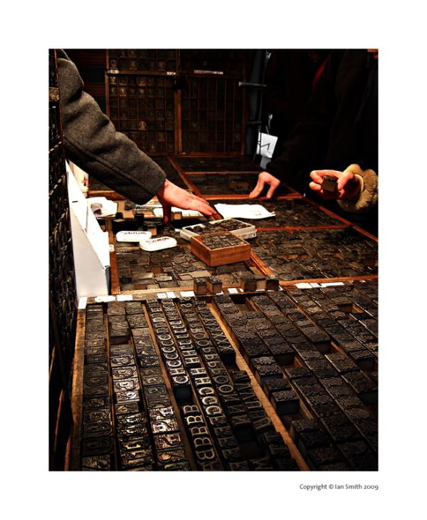 Selling old type blocks in Piccadilly Market