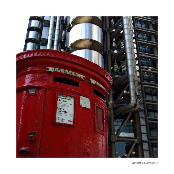 London post box, Lloyd's Building