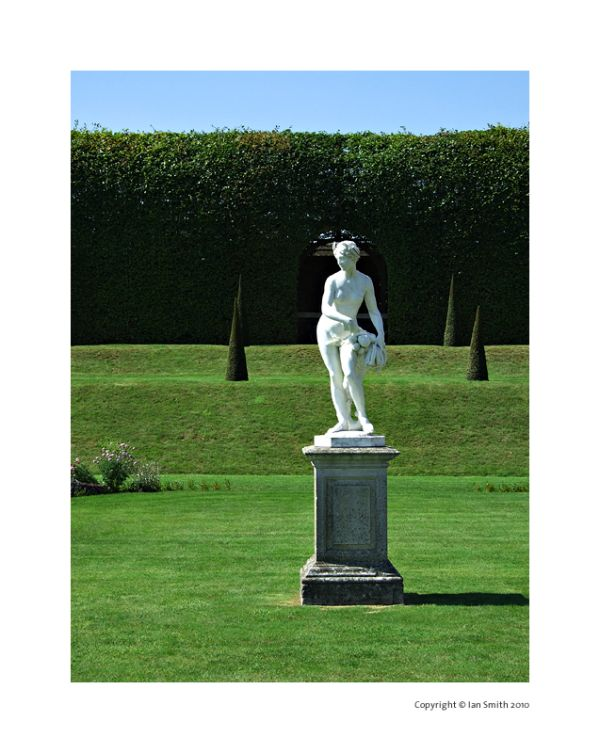 Statue, The Privy, Hampton Court Palace