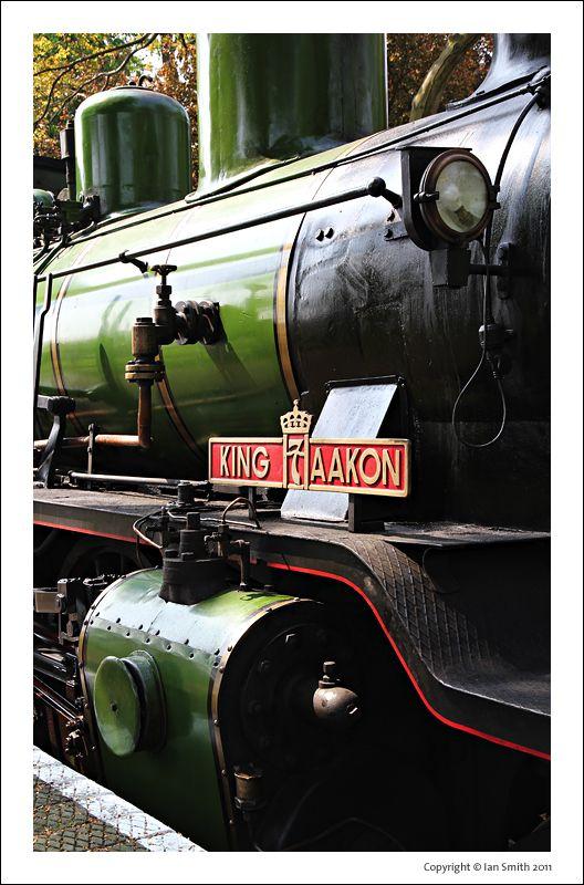 King Haakon 7 Steam Train
