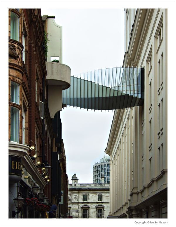 Bridge of Aspiration - Royal Ballet School