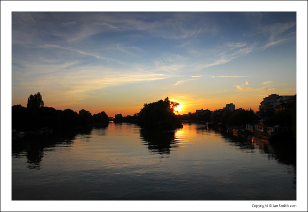 Sunset view from Kew Bridge