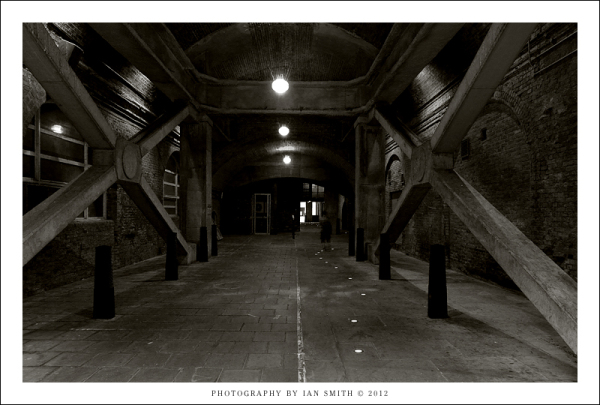 Steelyard Passage, London